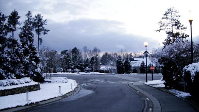 Prognoza pogody na dziś: miejscami biało od śniegu. <br />Do 5 st. C